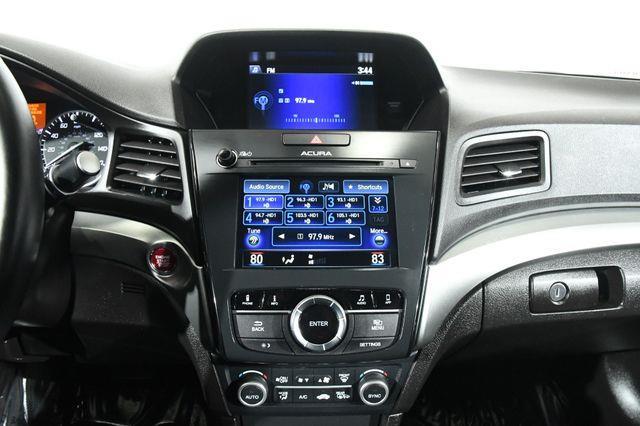 2016 Acura ILX w/Technology Plus Pkg photo