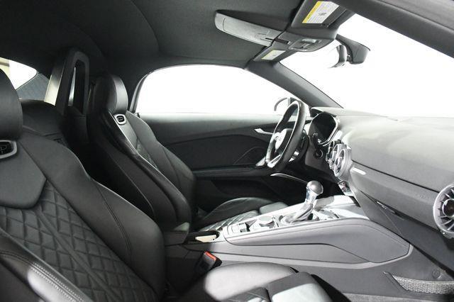 2016 Audi TT Roadster 2.0T photo