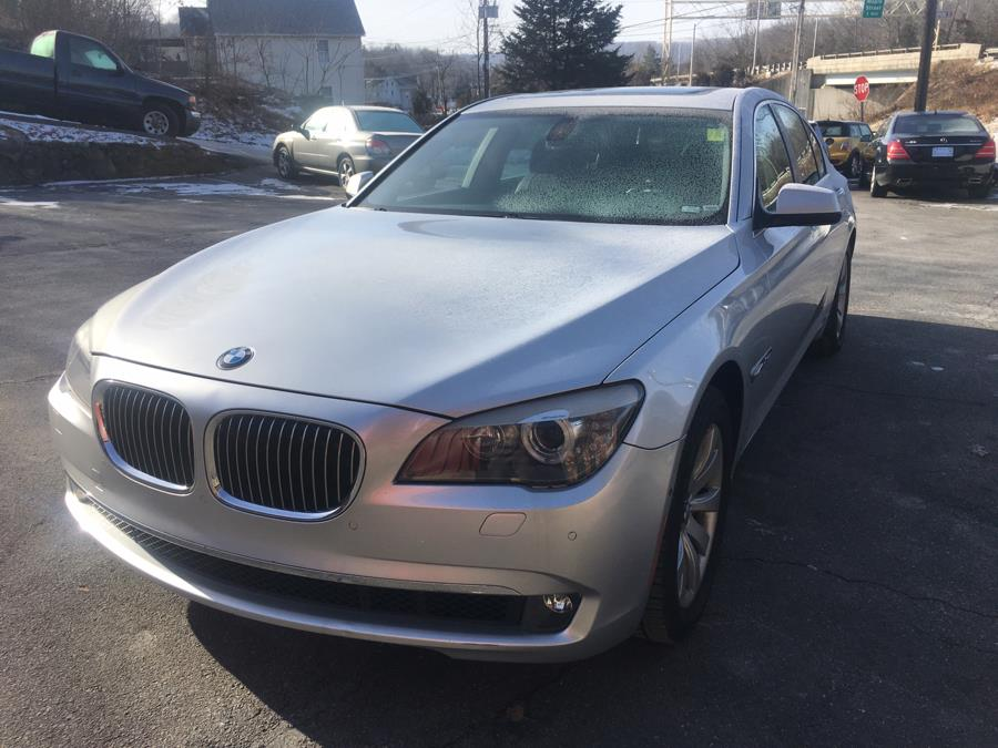 Used BMW 750i xDrive AWD 2010 | Riverside Motorcars, LLC. Naugatuck, Connecticut