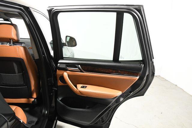 2016 BMW X3 Xdrive28i Nav & Sunroof leather photo