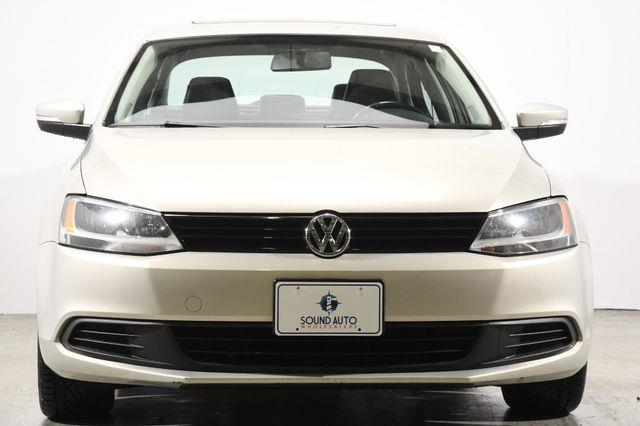2011 Volkswagen Jetta TDI photo