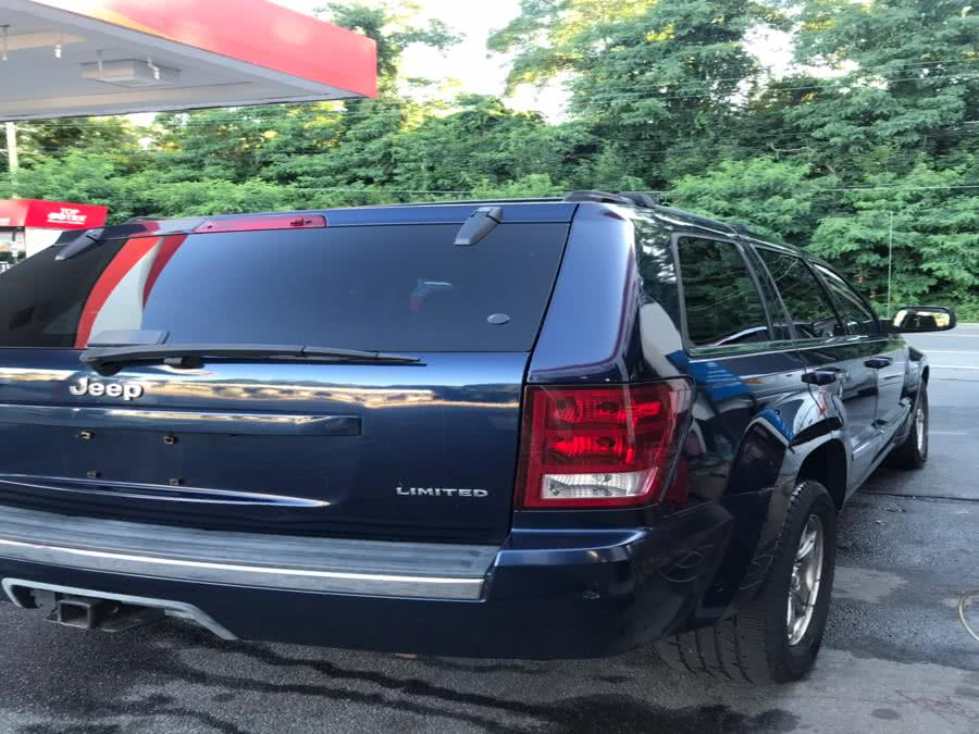 Used Jeep Grand Cherokee 4dr Limited 4WD 2005 | CarMart Auto Services. Farmingdale, New York