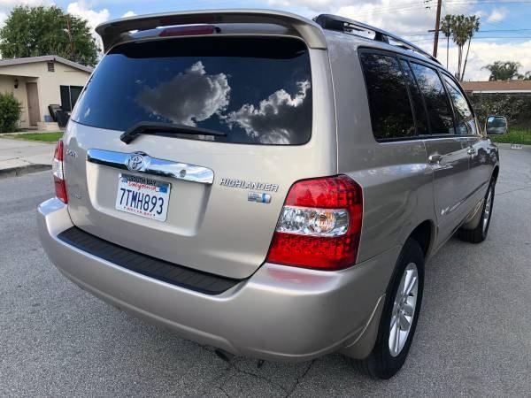 Used Toyota Highlander Hybrid 4WD 4dr Limited w/3rd Row 2007   Carmir. Orange, California
