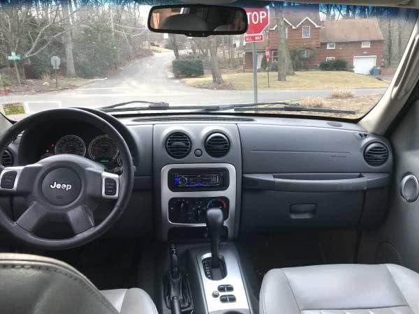 Used Jeep Liberty 4dr Limited 4WD 2006   CarMart Auto Services. Farmingdale, New York