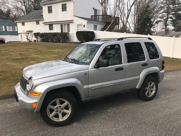 Used Jeep Liberty 4dr Limited 4WD 2006 | CarMart Auto Services. Farmingdale, New York