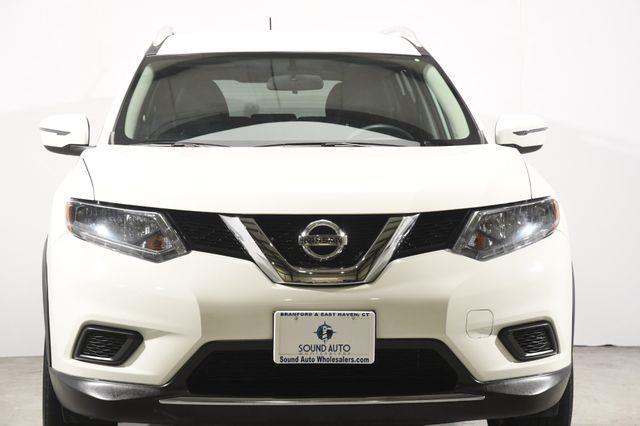 2016 Nissan Rogue SV photo