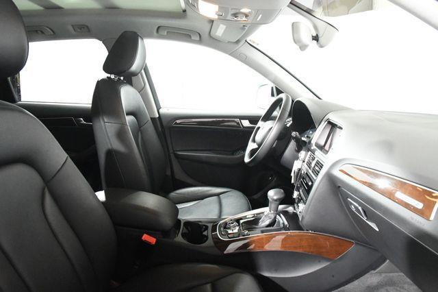 2016 Audi Q5 Premium Plus Nav/ Blind Spot photo