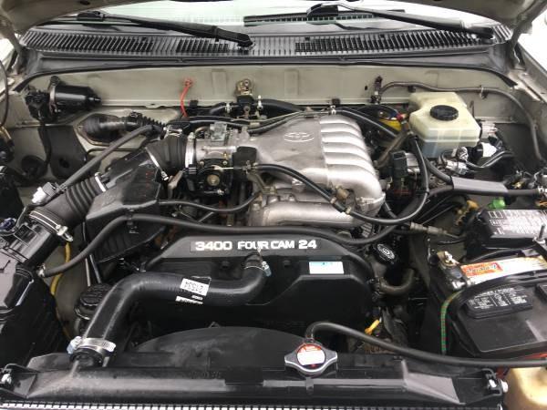 Used Toyota 4Runner 4dr SR5 3.4L Auto (Natl) 2002 | Carmir. Orange, California