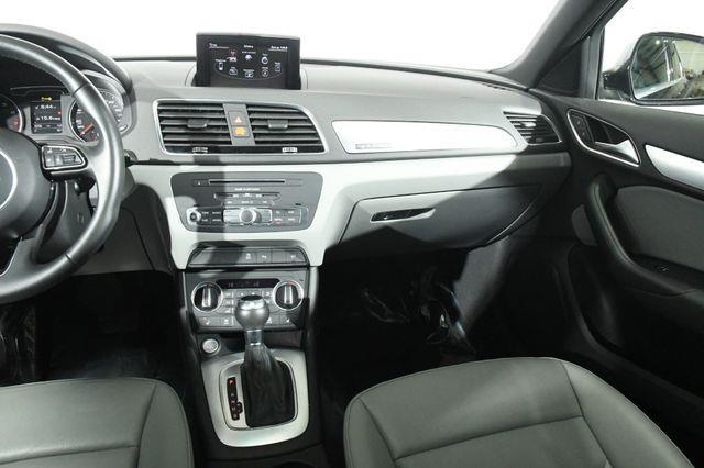2016 Audi Q3 Premium Plus w/ Nav/ Blind Spo photo
