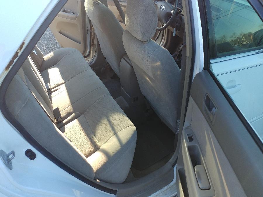 Used Toyota Camry 4dr Sdn LE Auto 2003 | Matts Auto Mall LLC. Chicopee, Massachusetts