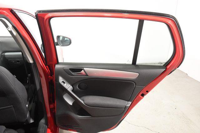 2014 Volkswagen Golf TDI photo