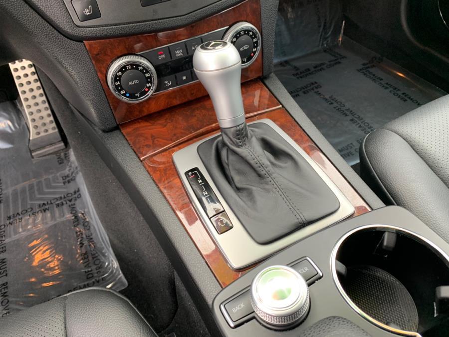 Used Mercedes-Benz C-Class 4dr Sdn C300 Sport 4MATIC 2011 | Green Light Auto. Corona, California