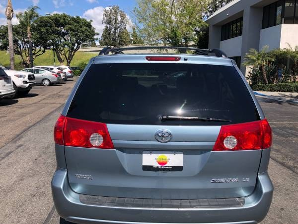 Used Toyota Sienna 5dr CE FWD 8-Passenger 2006 | Carmir. Orange, California