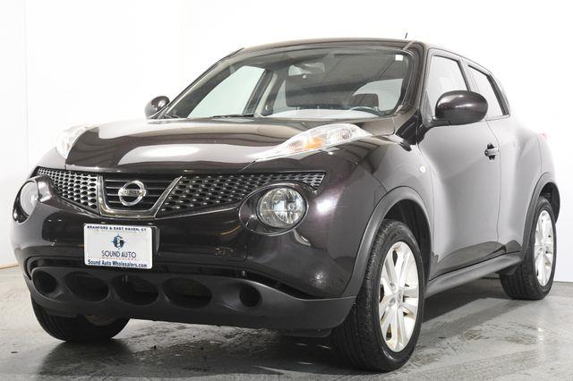 The 2014 Nissan JUKE S photos