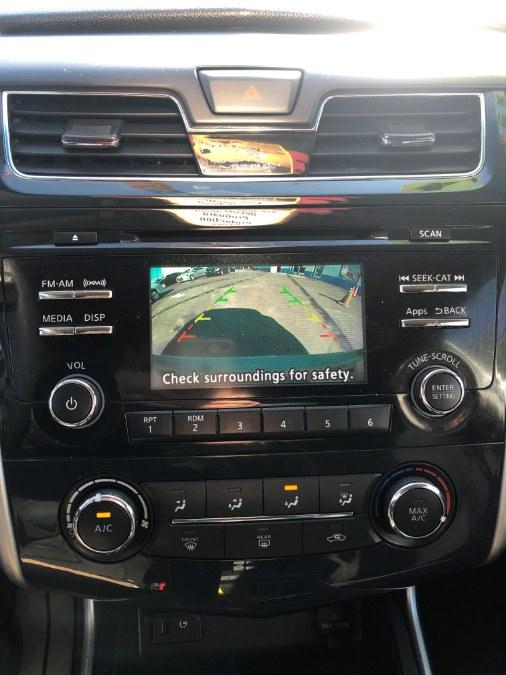 Used Nissan Altima 4dr Sdn I4 2.5 SR 2016   Affordable Motors Inc. Bridgeport, Connecticut