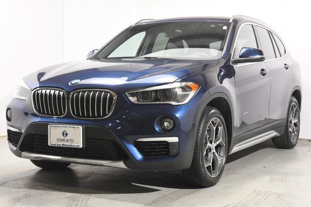 The 2016 BMW X1 xDrive28i X-Line photos
