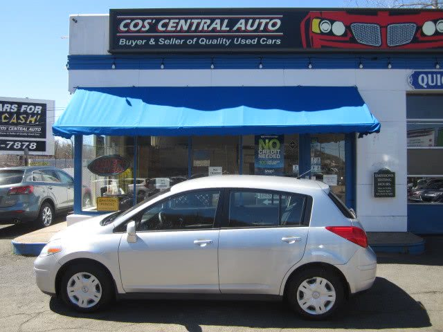 Used 2011 Nissan Versa in Meriden, Connecticut | Cos Central Auto. Meriden, Connecticut