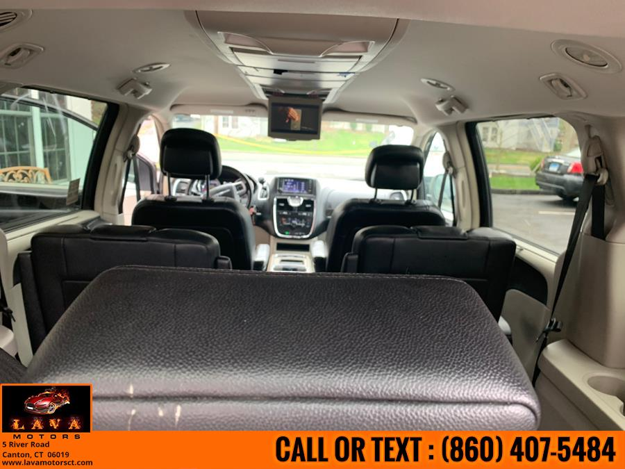 Used Chrysler Town & Country 4dr Wgn Touring 2013 | Lava Motors. Canton, Connecticut
