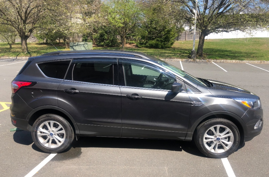 Used Ford Escape SE 4WD 2018   Auto City Depot. White Plains, New York