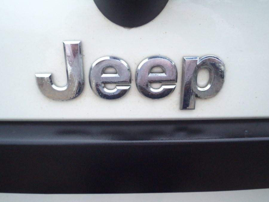 Used Jeep Grand Cherokee 4X4 LAREDO 2009 | International Motorcars llc. Berlin, Connecticut