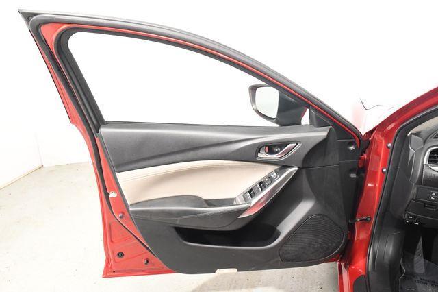 2016 Mazda Mazda6 i Touring photo