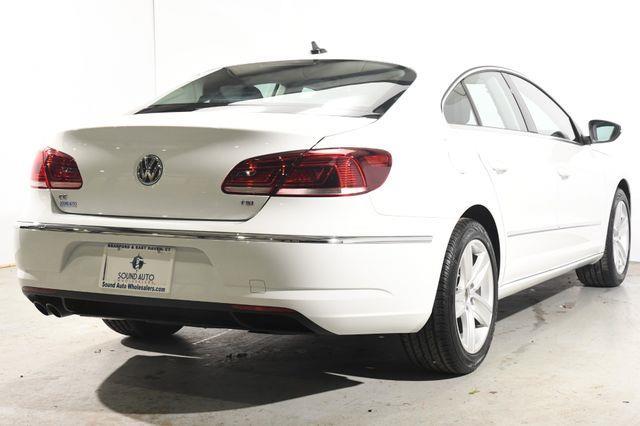 2016 Volkswagen CC Sport (New Car Leftover) photo