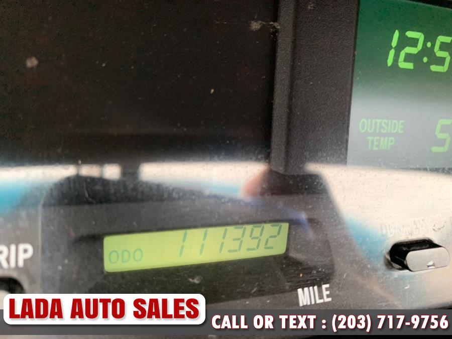 Used Toyota Avalon 4dr Sdn XLS w/Bucket Seats 2003 | Lada Auto Sales. Bridgeport, Connecticut