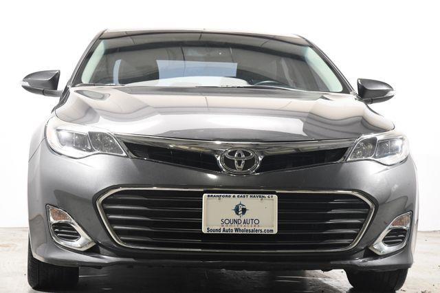 2013 Toyota Avalon XLE photo