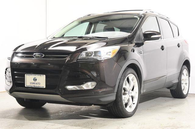 The 2013 Ford Escape Titanium photos