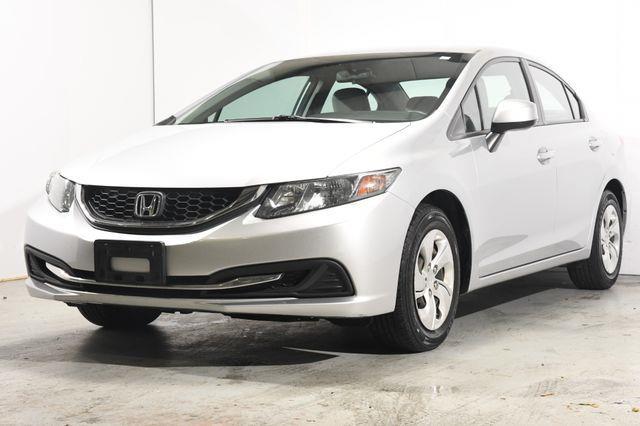 The 2013 Honda Civic LX photos
