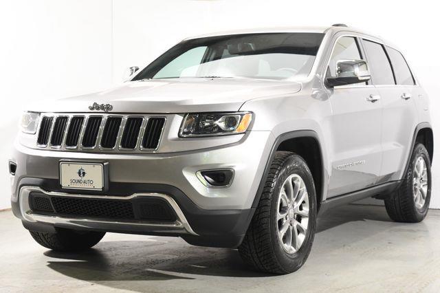 The 2015 Jeep Grand Cherokee Limited V8 photos