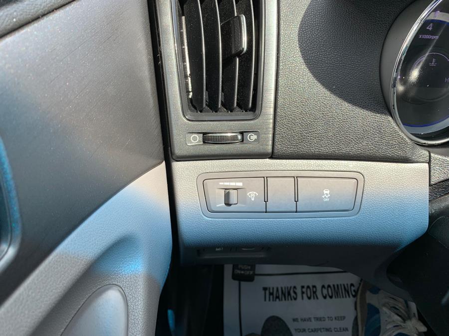 Used Hyundai Sonata 4dr Sdn 2.4L Auto GLS *Ltd Avail* 2011 | Rt 138 Auto Center Inc . Taunton, Massachusetts