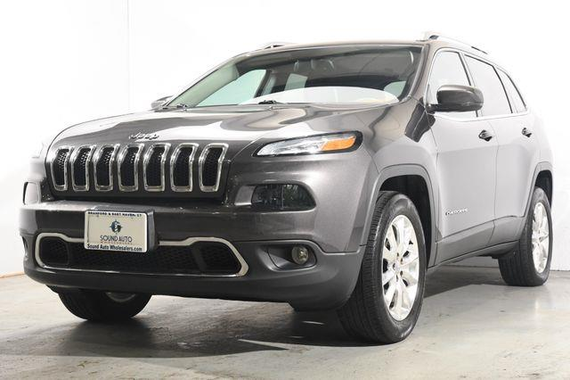 The 2016 Jeep Cherokee Limited photos