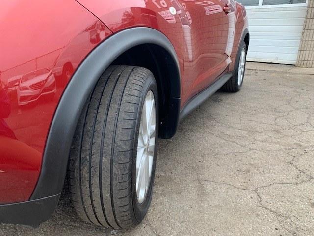 Used Nissan JUKE 5dr Wgn CVT SV AWD 2012 | A-Tech. Medford, Massachusetts