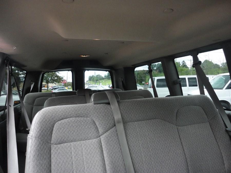 "Used Chevrolet Express Passenger RWD 2500 135"" LS 2016 | International Motorcars llc. Berlin, Connecticut"