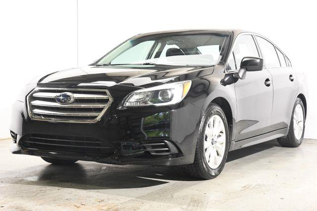The 2015 Subaru Legacy 2.5i Premium photos