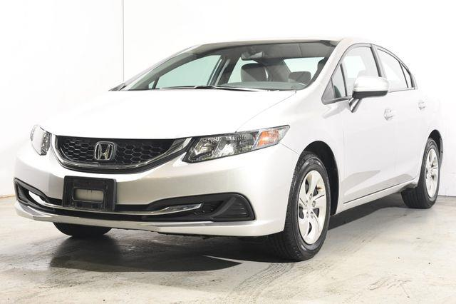 The 2015 Honda Civic LX photos