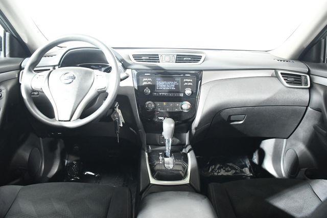 2016 Nissan Rogue S photo