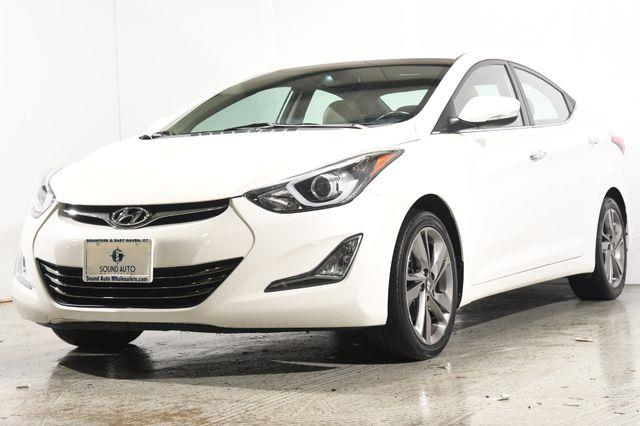 The 2014 Hyundai Elantra Limited photos