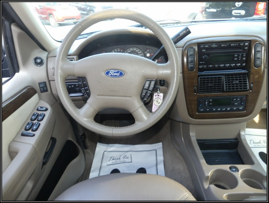 "Used Ford Explorer 4dr 114"" WB 4.0L Eddie Bauer 4WD 2005 