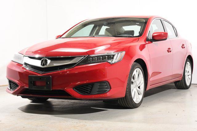 The 2017 Acura ILX w/Technology Plus Pkg photos