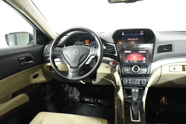 2017 Acura ILX w/Technology Plus Pkg photo