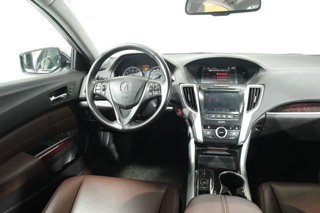 2016 Acura TLX Advanced photo