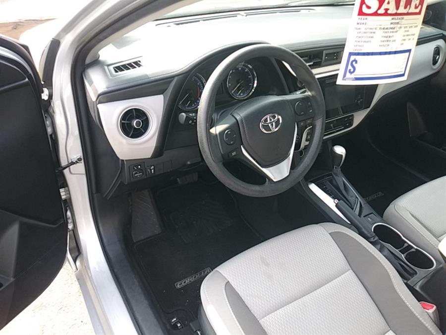Used Toyota Corolla LE CVT (Natl) 2018 | 5M Motor Corp. Hamden, Connecticut