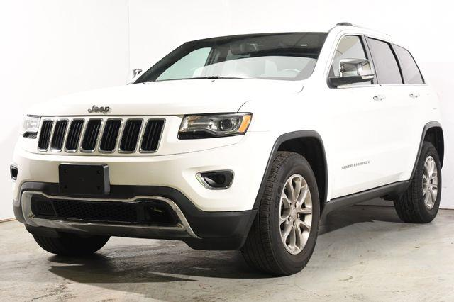 The 2015 Jeep Grand Cherokee Limited w/ Nav & Sunroof photos