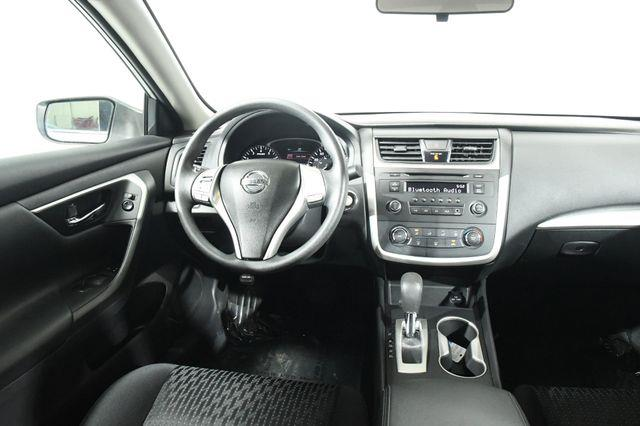 2016 Nissan Altima 2.5 S photo