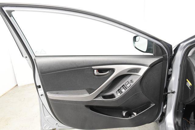 2016 Hyundai Elantra Value Edition w/ Heated Seats photo