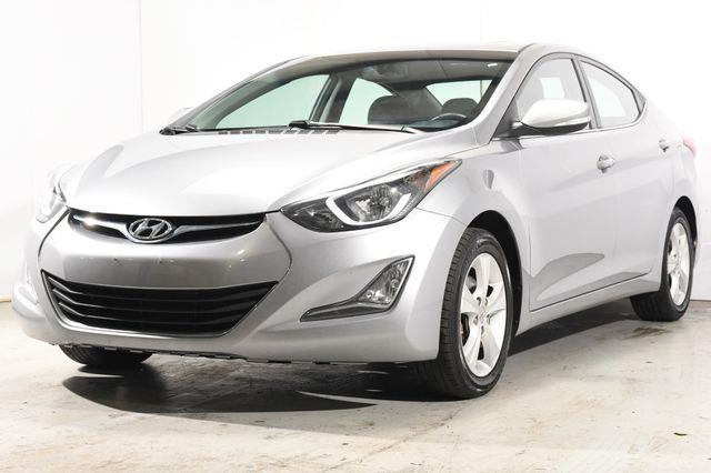 The 2016 Hyundai Elantra Value Edition w/ Heated Seats photos