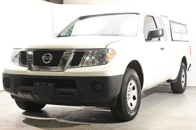 2015 Nissan Frontier SV photo