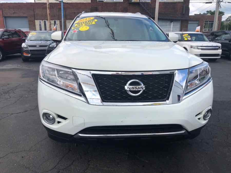 Used Nissan Pathfinder 4WD 4dr SL 2015   Affordable Motors Inc. Bridgeport, Connecticut